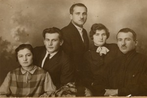 82 стр12 семья Ленинград