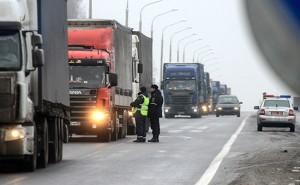 Досмотр транспортных средств на белорусско-российской границе