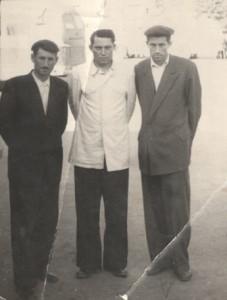 Джиоев Николай Борисович (1915г.р.) и Джиоев Иван Борисович (1917г.р.)с
