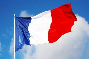 1424460726_Nizhnyaya-palata-Francii-otklonila-votum-nedoveriya-pravitel-stvu