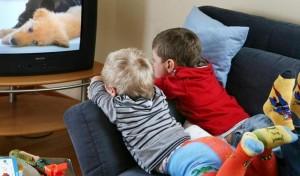 ot-monitorov-kompyuterov-i-televizorov-ishodit-izluchenie